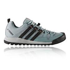 Chaussures et bottes de randonnée bleus adidas