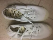 Keen Maderas Youth size 6 oxford white canvas