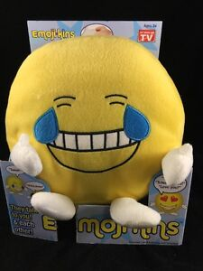 Talking Emoji Pillows Emojikins Huggable Emoticon Plush laughster new