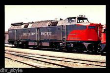 Southern Pacific Krauss-Maffei diesel locomotive #9002 railroad train postcard
