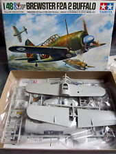 Brewster F2A-2 Buffalo Tamiya 1/48 + décals Aeromaster 48049 + verrière Squadron