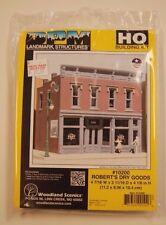 "HO Woodland Scenics ""DPM Landmark Series"" 10200 * Robert's Dry Goods kit * NIB"