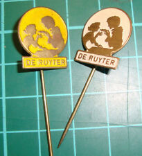 De Ruijter Ruyter hagelslag speldje pin badge 60's vtg Dutch 2pcs