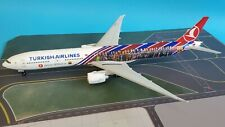 JC Wings 1:200 Boeing 777-300 Turkish 'FC Barcelona' TC-JJI (with stand)