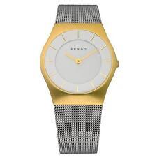 Runde Armbanduhren mit 12-Stunden-Zifferblatt und mattem Finish