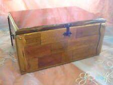 BAÚL de madera, artesanal, muy decorativo y servicial. Holztruhe
