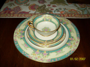 Stunning Lenox China / Monticello / 4pc. Place Setting / Perfect