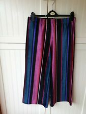 Ladies three quarter length trousers size 14 by primark