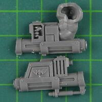 Bullgryns Grenade Fist C Vauxhall Astra Militarum Warhammer 40k Bitz