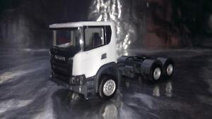 * Herpa 309745  Scania CG 17 6x6 Rigid Tractor, White 1:87 Scale