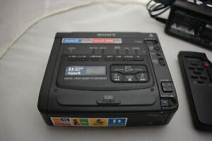 SONY GV-D200  Digital 8 Video Cassette Recorder player
