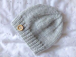 NEWBORN / 0-3 MONTH BABY HANDMADE HAND KNITTED HAT BOY / GIRL / UNISEX GIFT ETC