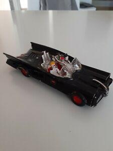 Polistil Batmobile Art 34 Bonne Etat