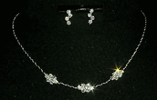 Lovely rhinestone necklace and earrings set
