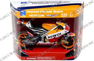 Honda Repsol MotoGP Racing Motorcycle 1:12 Scale Die-Cast Marc Marquez RCV Z13