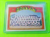 1972 Topps #21 Braves Team card w Hank Aaron Orlando Cepeda NrMt