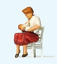 PREISER HO SCALE 1/87 NURSING MOTHER IN CHAIR | BN | 28176
