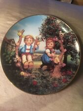 Mi Hummel 8� Apple Tree Boy and Girl decorative plate from Danbury Mint