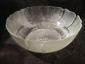 "Arcoroc FLEUR FRANCE 10 1/2"" GLASS PETAL BOWL"