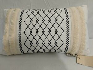 INK+IVY Mid Century Decorative Pillow Cotton 12 in x 20 in Bea Ivory BackSupport