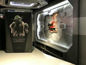 NEW IN STOCK Hot Toys 1/6 Figure Star Wars V The Empire Strikes Back Yoda MMS369