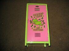 vintage super cool frog cd holder! case jewel storage locker foot kids pink
