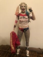 Hot Toys HARLEY QUINN 1/6 DC SUICIDE SQUAD  preowned no box