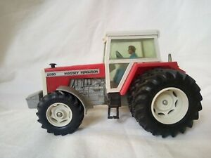 BRITAINS Massey Ferguson Double Rear Wheeled Tractor. 1984 with original box.
