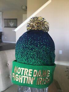 Mitchell & Ness Notre Dame Fightin' Irish NCAA Winter Pom Beanie Cap Hat - New
