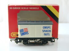 Hornby R135 Smiths Closed Wagon 00 Gauge Boxed