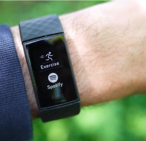 Fitbit Charge 4 Fitness Tracker Blau Set Mit Schwarz Band Enthalten Neu IN Box