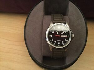 Citizen Men's Eco-Drive Analogue Green Canvas Strap Watch- Brand new