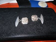 ANTIQUE SILVER & GOLD ENGRAVED CUFF LINKS.