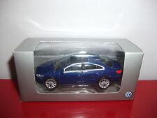 (23.3.15.1) VW Volkswagen passat bleu voiture 3 inch inches Norev 1/54