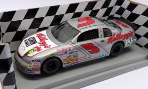 Ertl 1/18 Scale 7116 - Kellogg Monte Carlo Chevrolet Stock Car #5 Terry Labonte