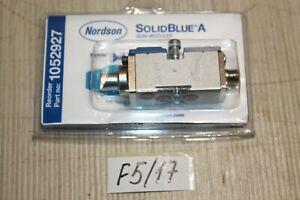 Nordson Düse  Solid Blue A 1052927