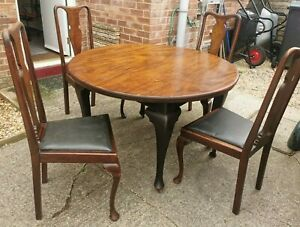 Victorian Wind Out Extending Dining Table & 4 Matching Chairs