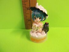 "Wonder and Reset Wonder Festival Girl in Tub Covered in Bubbles 2""in Figure 2002"