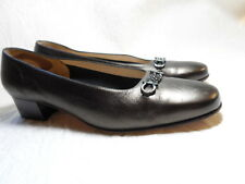 FERRAGAMO BOUTIQUE BROWN BRONZE LEATHER SHOES MADE IN ITALY SIZE 7 C