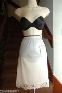 "LORRAINE Design Collection 100% Nylon Half Blush Slip Size Small Length 22"""