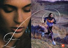 PUBLICITE ADVERTISING 015  1992  NIKE  vetements de sport jogging baskets (2p)