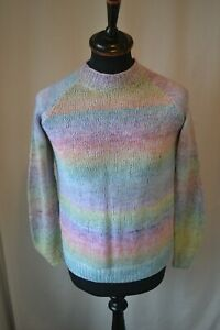 Vintage rainbow knit jumper pullover size small