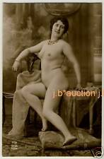 Mature Nude Woman on table/maturità NUDE SIGNORA * VINTAGE 1910s French Photo PC