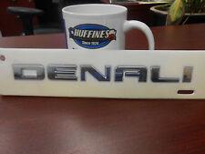 "New OEM Liftgate ""DENALI""  Emblem 11-13 GMC Acadia Denali (20930232)"