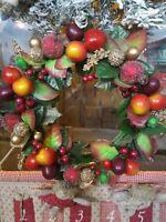 Ghirlanda natalizia per feste di Natale fuoriporta con frutti natalizzi plastica