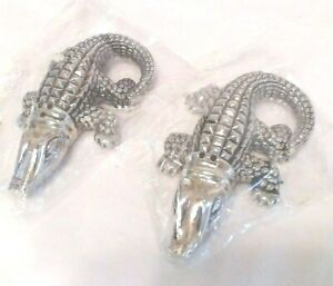 VINTAGE SILVER/CHROME PLATED DETAILED ALLIGATOR SALT & PEPPER SHAKERS, MiNT