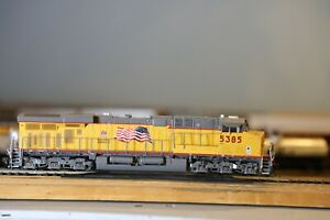ho scale athearn locomotives genesis dcc sound Union Pacific ES44AC
