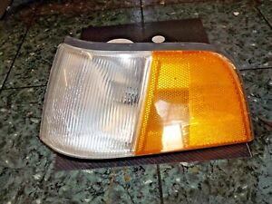 86-90 OEM USDM Acura Legend Sedan front corner marker lamp light 041-1375 FL DV2