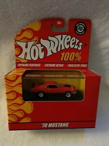 HOT WHEELS 100% 70 MUSTANG RED