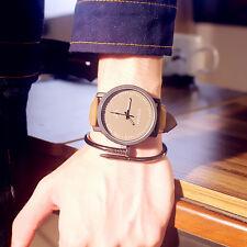 Cuero sintético analógico reloj impermeable Hombres Mujeres